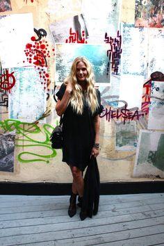 Maria Skappel all black