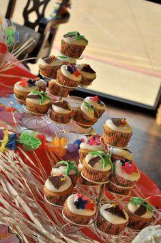 Luau Cupcakes - Aloha
