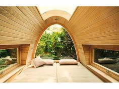 42 Ideas tree house interior design beds for 2019 Tree House Interior, Modern Tree House, Sweet Home, Cool Tree Houses, Tiny Houses, Interior Architecture, Interior Design, Tree House Designs, Skylight