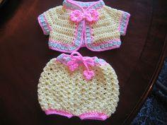 BLURT Blogger: Newborn Kit layettes FREE BABY PATTERN LINKS