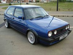 Classic Car News Pics And Videos From Around The World Classic Road Bike, Bmw Vintage, Volkswagen Golf Mk2, Vw Gol, Gas Monkey Garage, Vw Cars, Car Pictures, Super Cars, Classic Cars
