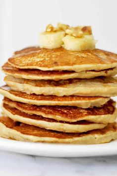 These Healthy Banana Pancakes are a great way to use your overripe bananas! These delicious sugar free pancakes are simple and easy to prepare. Sugar Free Pancakes, Tasty Pancakes, Banana Pancakes, Best Pancake Recipe, Pancake Recipes, Cooking Recipes, Easy Homemade Pancakes, Pancakes From Scratch, Caramelized Bananas