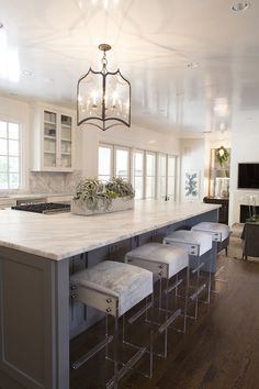 Kendra's kitchen and lucite bar stools #KendraScott