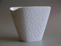 Kleine ovale/eckige Vase Hutschenreuther Selb weiß uni, Punktemuster