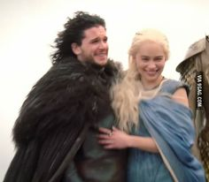 (GoT) This is either no spoilers, or spoilers the size of which has never been seen before. Ramsey Bolton, Kit And Emilia, The Mother Of Dragons, Jon Snow And Daenerys, Tragic Love Stories, Got Dragons, Kit Harrington, The North Remembers, Got Memes