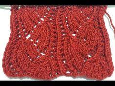 Buenas noches La estructura del modelo de tejido trenzado se utiliza en mi enlace de perfil o prendas de punto . Knitting Stitches, Knitting Patterns, Crochet Top, Throw Pillows, Lace, Triangles, Knitting Videos, Knitting And Crocheting, Crochet Baby Cocoon