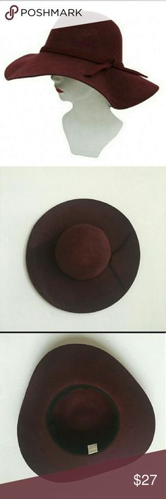 """🛍🎒 slope brimmed hat This really is just a great hat. Simple tie detail, floppy brim. Hat is 100% wool. Fits a head size up to 23"""". Brim is approximately 4"""". In wine red. Accessories Hats"""