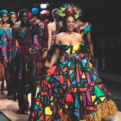 Image may contain: one or more people, people standing and people dancing African Wedding Attire, African Attire, African Wear, African Dress, African Style, African Women, African Inspired Fashion, African Print Fashion, Africa Fashion