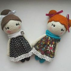 Use this free Little Lady Doll Crochet Pattern to create a small kawaii crochet doll. The required skill level is average.