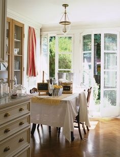 Dining On Pinterest Dining Rooms Dining Room Decorating And Dining