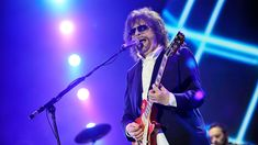 The FABULOUS Jeff Lynne's ELO - Mr. Blue Sky at Radio 2 Live in Hyde Park 2014