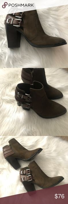Leather bottles Gianni Bini sz 9 Brand new leather booties Gianni beanie size 9, new with no tags no box Gianni Bini Shoes Ankle Boots & Booties