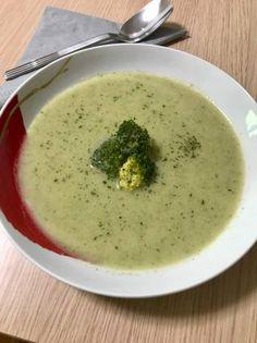 Tejszínes brokkolikrémleves