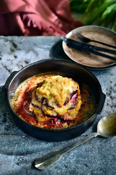 Pittige rode biet met ricotta uit de oven | Pascale Naessens Pie Cake, Beetroot, Ricotta, Oven, Veggies, Healthy Recipes, Snacks, Dining, Eat