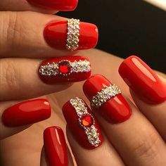 43 Most Sexy And Beautiful Short Red Nails Design (acrylic Nails, Matte Nails) For Fall And Winter - Nails Idea 42 . 𝖗𝖊𝖉𝖓𝖆𝖎𝖑𝖘 ❤ ❤ ❤ ❤ ❤ ❤ ❤ ❤ ❤ ❤❤ Hope you like these red nails collection ! Subtle Nail Art, Trendy Nail Art, New Nail Art, Red Nail Designs, Acrylic Nail Designs, Bling Nails, Glitter Nails, Red Glitter, Glitter Art