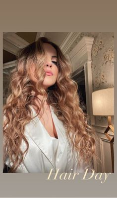 Unique Hairstyles, Hair Day, Long Hair Styles, Celebrities, Beauty, It Cast, Long Hair Hairdos, Celebs, Cosmetology