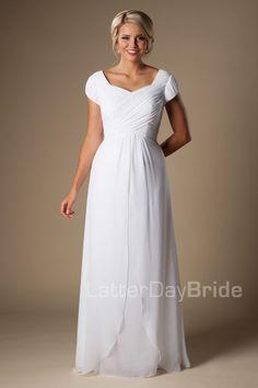 f4b932b83a2f5 12 Amazing Temple Dress images   Wedding gowns, Boyfriends, Bride ...