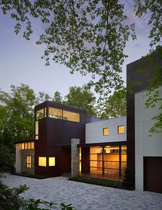 Crab Creek House by Robert Gurney Architect | HomeDSGN, a daily source for inspiration and fresh ideas on interior design and home decoration.