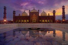 Badshahi (King's) Mosque in Lahore Pakistan at sunset.