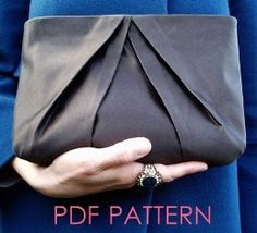 Pleated clutch bag pattern.. how cute would this be in leopard print