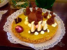 Bollos de Pascua, tu tarta favorita adornada con figuras de chocolate.