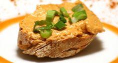 Tepertő krém recept: Egy gyorsan elkészíthető, isteni finom krém recept. Akár vendégváró falatnak is tökéletes. Soha nem lehet belőle eleget készíteni. Sandwich Spread, Eat Pray Love, Sauce, Salmon Burgers, Hummus, Sandwiches, Toast, Bread, Vegan
