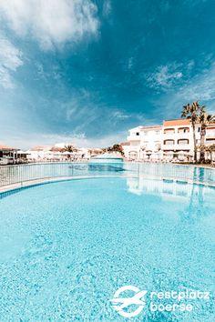 Wollten sie schon immer einmal nach Mallorca ? Dann sollten sie hier absteigen, im  #Hotel #Tipps #Urlaub  #Unterkunft Hotels, Family Resorts, Strand, Abs, Outdoor Decor, Family Vacations, Villas, Tips