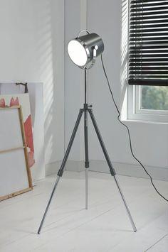 Vloerlamp Good Catch - Grijs is een hippe lamp uit de collectie van DaViDi Design en is nu verkrijgbaar bij Furnies.nl!