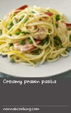 Creamy prawn pasta | Tempt the family to the table tonight with this easy-peasy pasta recipe. The prawns add that special touch, and marry beautifully with the cream plus a hint of garlic, lemon and fresh chives. The kids will love it!
