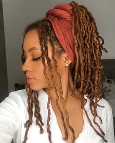 This Color Though In 2019 Faux Locs Hairstyles Curly Braids wraps This Color Though In 2019 Faux Locs Hairstyles Curly Faux Locs Styles, Dreadlock Styles, Dreads Styles, Curly Hair Styles, Natural Hair Styles, How To Style Dreadlocks, Dreadlocks Girl, Marley Twist Hairstyles, Faux Locs Hairstyles