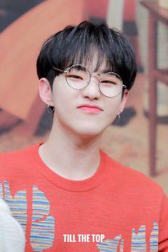 """till the top Wonwoo, Jeonghan, The8, Seungkwan, Seventeen Memes, Hoshi Seventeen, Seventeen Debut, Vernon, Mamamoo"