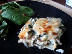 EASY Chicken Florentine Alfredo Lasagna ~ Great meal to double and give one away to a friend :)