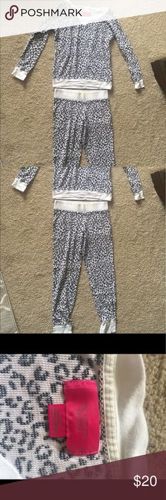 Fireside Long Jane Victoria's Secret PJ Set XS, thermal, black and white leopard print, signs of wear is pictured Victoria's Secret Other