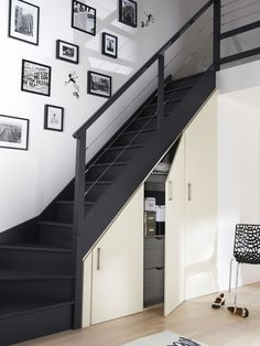 Modern Staircase Design Ideas - Stairs are so common that you do not provide a doubt. Check out best 10 examples of modern staircase that are as sensational as they are . Staircase Storage, Loft Stairs, Stair Storage, House Stairs, Under Stairs, Closet Storage, Basement Staircase, Modern Staircase, Staircase Design
