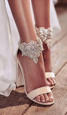 Wedding shoes by Anna Campbell |Anna Campbell Bridal Blossom Footcuffs | #bridalheels #weddingshoes #bridalshoes #weddingheels #shoes #weddings