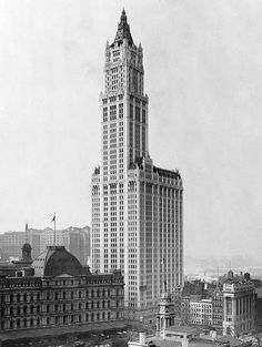 """""""The Human Fly,"""" George Polley climbed to the 30th floor of the Woolworth Building, NYC, before being arrested. January 9th, 1920"""