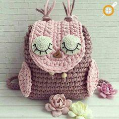 57 Fashionable and Elegant Crochet Bag Pattern Ideas and Images Part 17 crochet bag pattern free crochet bag pattern crochet bag easy; knitting bag free patterns 57 Fashionable and Elegant Crochet Bag Pattern Id Free Crochet Bag, Crochet Gifts, Crochet For Kids, Crochet Baby, Hat Crochet, Crochet Handbags, Crochet Purses, Knitting Patterns, Crochet Patterns