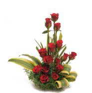 Send Flower to Your Wife in this Karwachauth