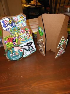 Fun and inventive ways to display badges and patches for your Girl Scout troop! Girl Scout Uniform, Girl Scout Patches, Girl Scout Leader, Girl Scout Troop, Girl Scout Brownie Badges, Beavers, Inventions, Presents, Display