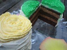 Layer Cake. Quand la Bataille Food fête son 1er anniversaire, tu prends de la hauteur dans ton gâteau. Layer Cake chocolat façon mojito Mojito, Cake Chocolat, Facon, Layers, Layer Cakes, Desserts, Key Lime, Battle, Birthday
