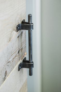 The Simple Handle is just as it sounds - Its sleek and simple design adds a modern feel to any setting and works well with any door