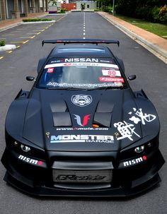 MALAYSIAN SUPER GT STYLE SKYLINE R34... Hella aggressive looking.  Damn!