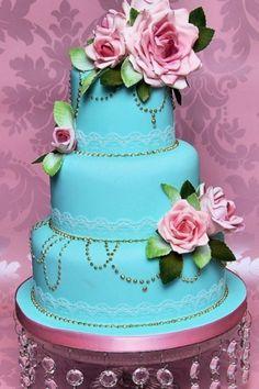 Vintage wedding cake!!