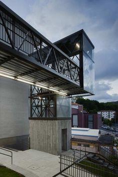Gallery - Urbanization and Urban Elevator in Galtzaraborda / VAUMM - 1