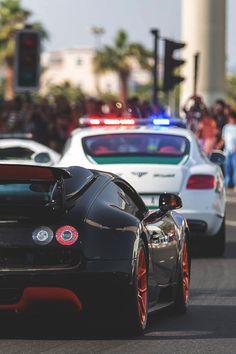 Bugatti Veyron x Bentley CGT Police Car