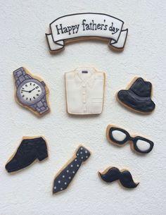 ●オーダー情報●ただ今、オーダーお休み中です。ごめんなさい・・・●イベント情報●●2014年7月13日(日)お菓子屋miaワークショップVol.2atKI... Kawaii Cookies, Mother's Day Cookies, Iced Cookies, Cupcake Cookies, Sugar Cookies, Cookie Icing, Royal Icing Cookies, Fathers Day Presents, Love Design