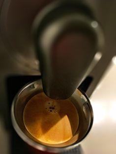 Guten Morgen…die Grippe 😷 macht mich fertig…ein #Kazaar #Kaffe von @Nespresso muss trotzdem sein #whatelse