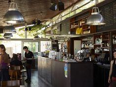 Interior del restaurant Lasal del Varador.