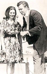 Johnny and June..eternal LOVE #johnnycash #johnnyandjune #lovestory