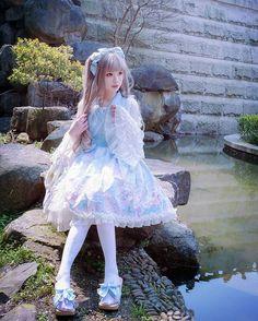 "25 Me gusta, 2 comentarios - H 猫 (@hmao_owo) en Instagram: ""金魚花火 dress:@lnsearslolita  #lolitafashion #sweetlolita #photography #lolita"""